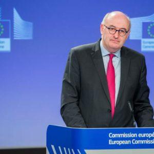 Quand un commissaire européen à l'agriculture s'immisce dans un débat électoral national !