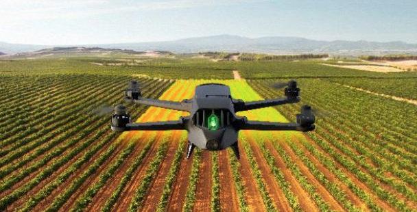 Bluegrass : Quelle valeur ajoutée pour le nouveau drone de Parrot ?