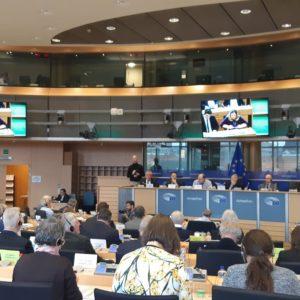 PAC :  Adoption du rapport en faveur de nouveaux outils de surveillance et de régulation des marchés